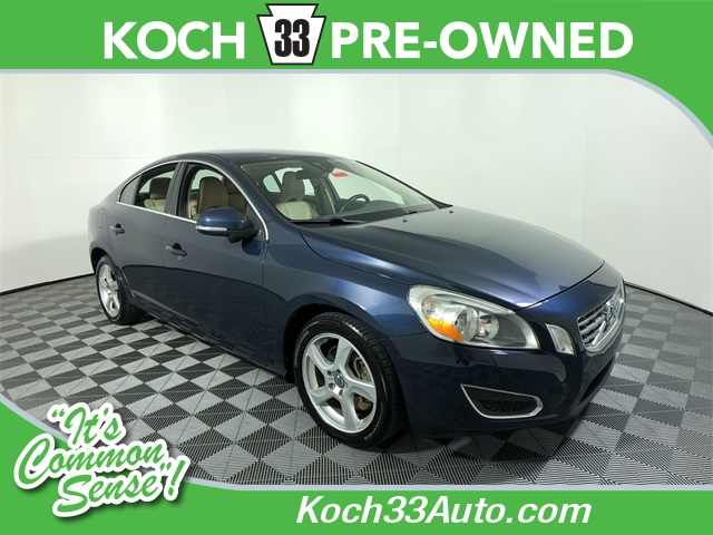 Pre-Owned 2013 Volvo S60 T5