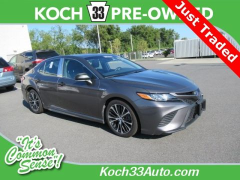 Pre-Owned 2018 Toyota Camry Hybrid SE