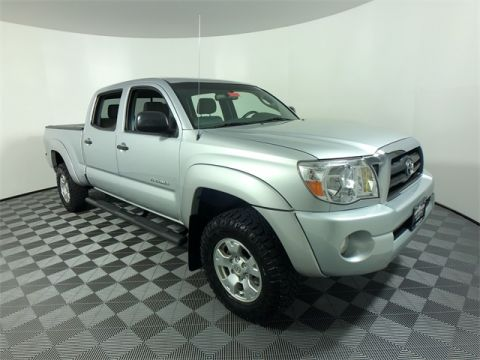 Pre-Owned 2006 Toyota Tacoma SR5